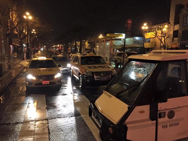 silver-prius-taxi-police-SFPD-market-street