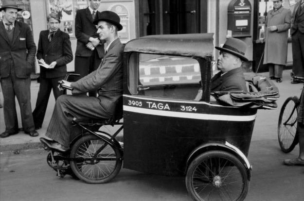 tuk-tuk-taxi-cab-taga