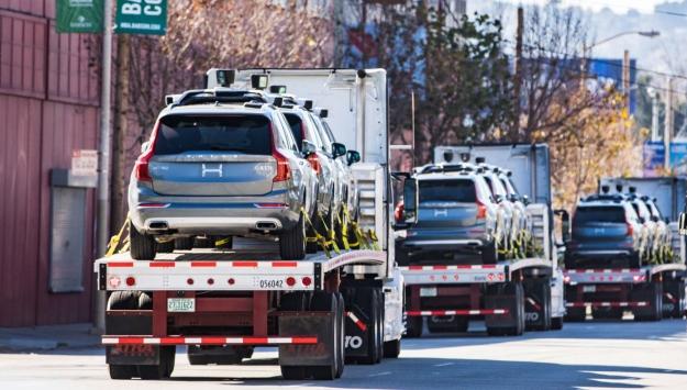 self-driving-uber-cars-leave-san-francisco
