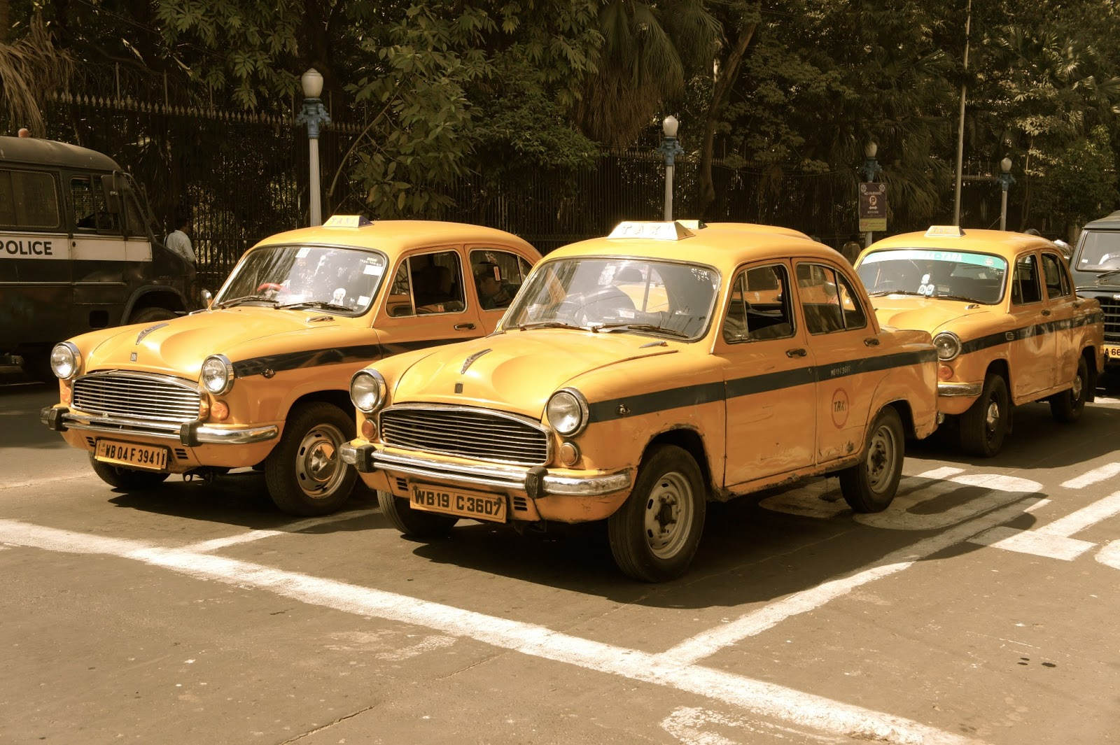 calcutta-taxi