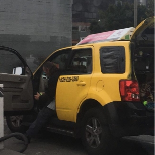gypsy-cab-007-at-car-wash