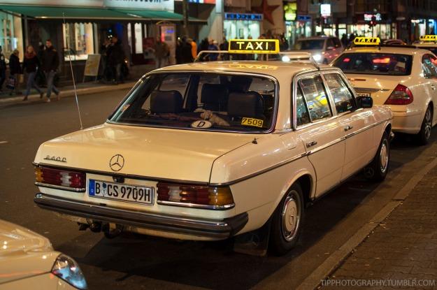 taxi-mercedes-benz