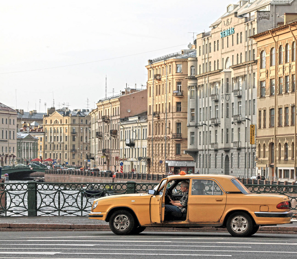 taxi-st-petersburg-russia