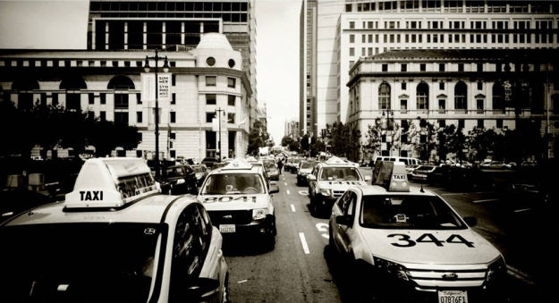 san-francisco-taxicabs-in-the-street-christian-lewis