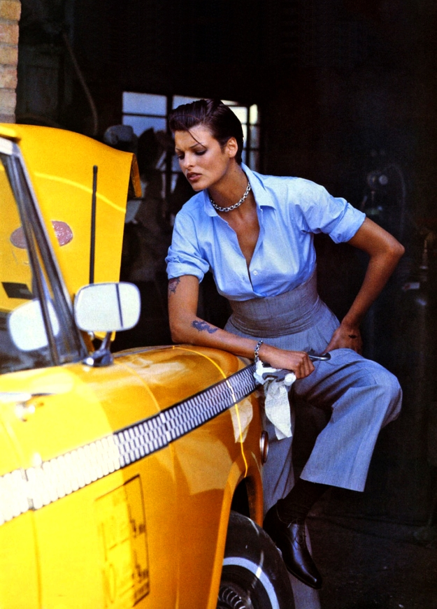 02-fashion-taxi-vintage-ad