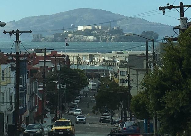 alcatraz-in-the-distance