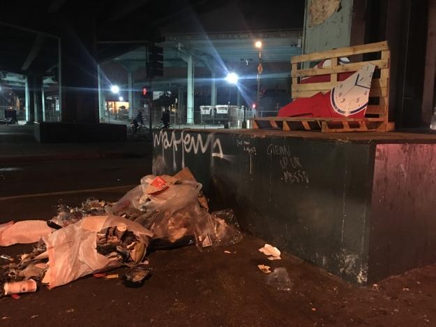 trash-pile-brannon-division-san-francisco