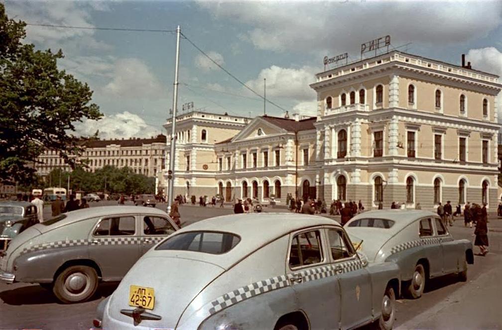 Taxi-Riga-Latvia-1954