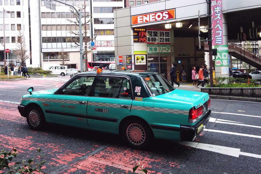 Taxi-Tokyo-2