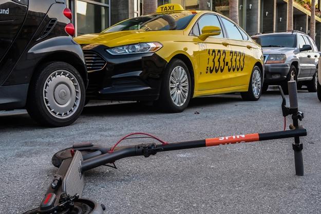 taxi-escooter-Douglas-OConnor-web