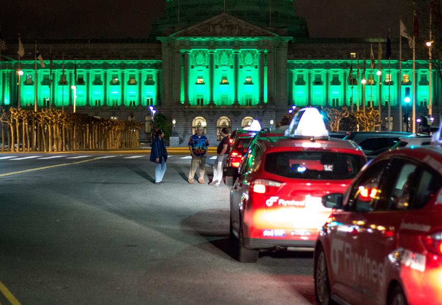 flywheel-taxis-city-hall-green-san-francisco
